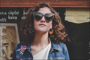 Grand Optics exclusive: Le Specs eyewear collection LUXE Nucleus