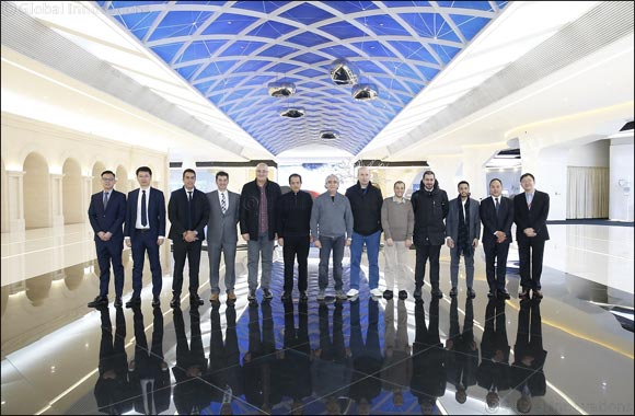 MOCI representatives, Qatari Businessmen and CEOs visit Huawei's headquarters in Beijing