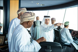 Qatar Airways Group Chief Executive Tours Muscat International Airport in an Official Visit