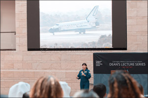 Veteran NASA astronaut shares insights on decision-making dynamics at Carnegie Mellon